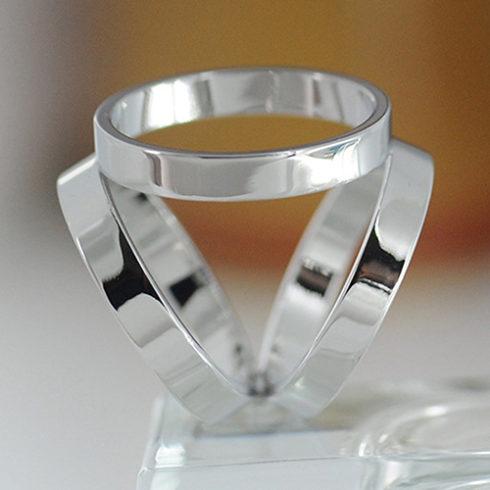 silver_scarf_ring_tie_rack_australia